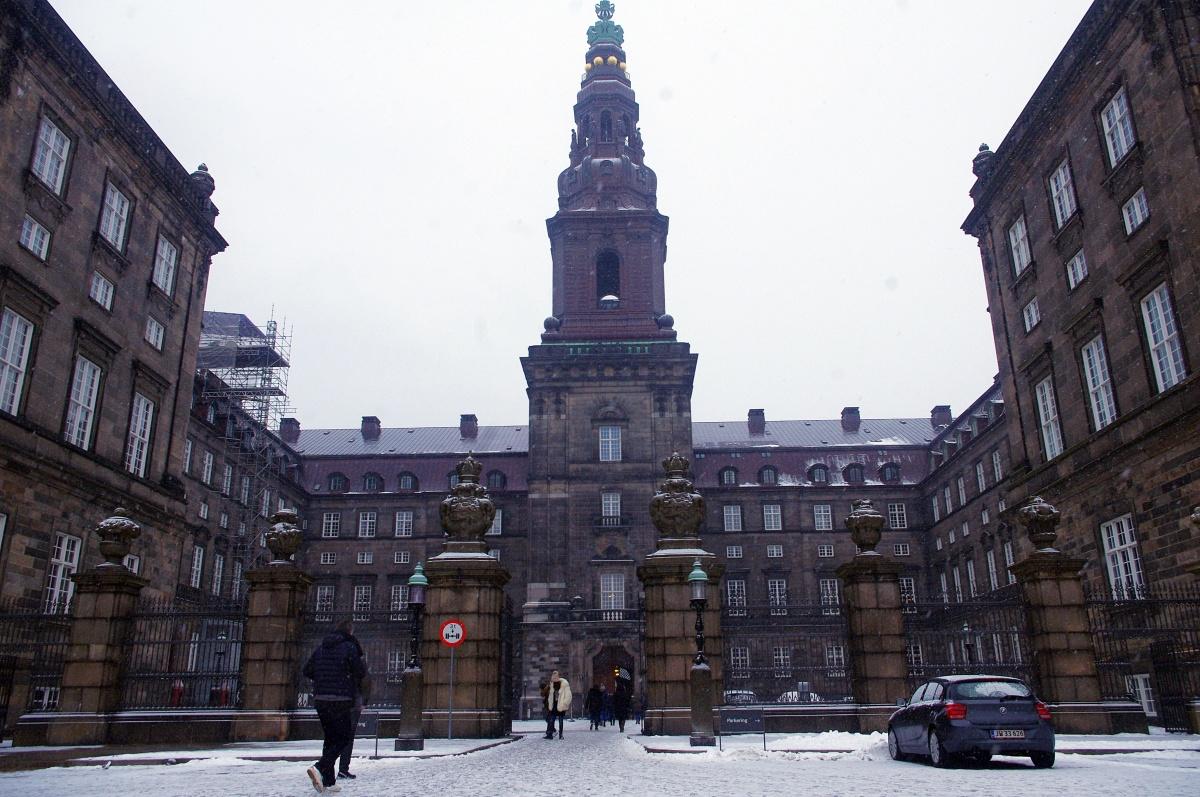 Borgen, visitando a Birgitte Nyborg en Copenhague